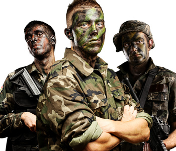 Vêtements militaires d'occasions